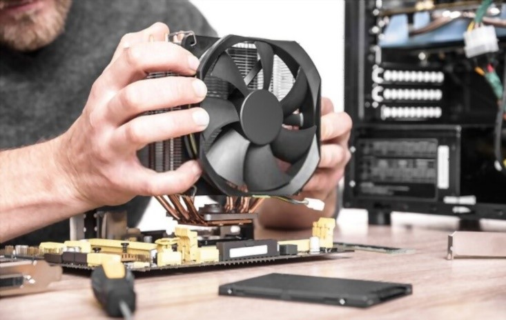 Connecting computer fans during motherboard installtion